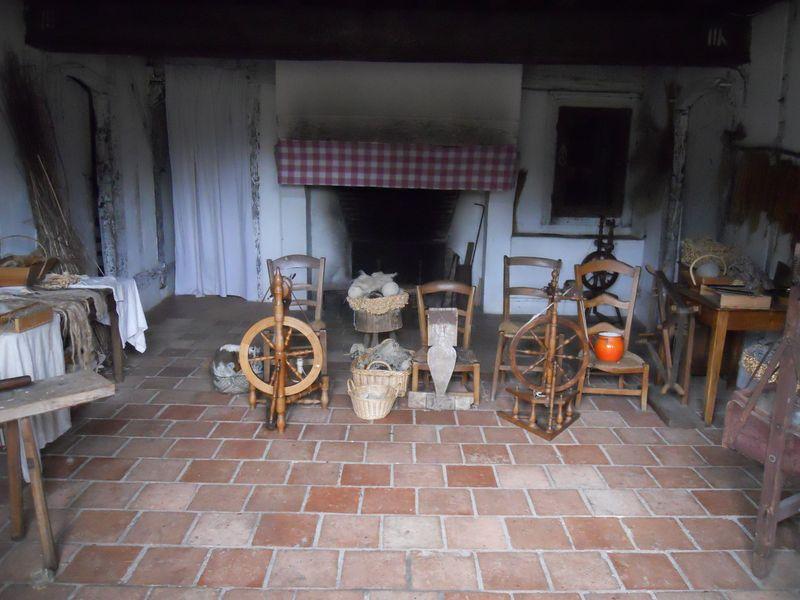 L'intérieur d'un foyer landais du XIXème siècle.