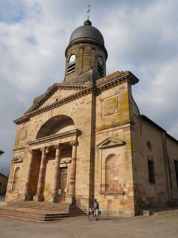 L'imposante église de Badonviller